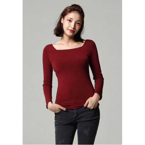 11a0d90e1b5 Why Is The Square Neck Top So Flattering